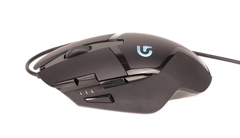 Logitech G402 - seitliche Ansicht